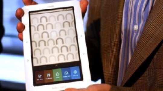 How to Change the Battery of a Barnes and Noble Nook eReader