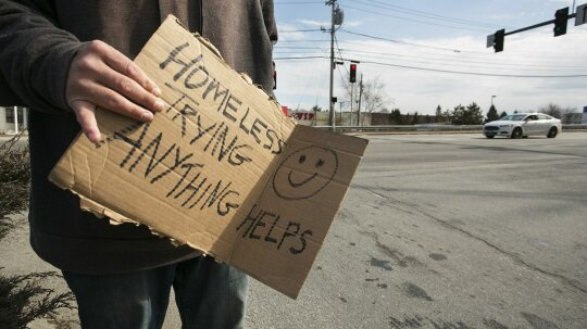 How Will Panhandlers Fare as Our Economy Goes Cashless?