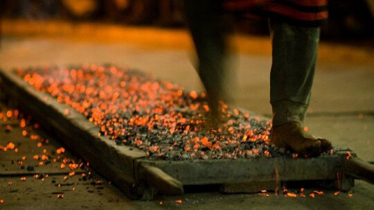 Dear Tony Robbins, THIS Is How You Walk on Hot Coals