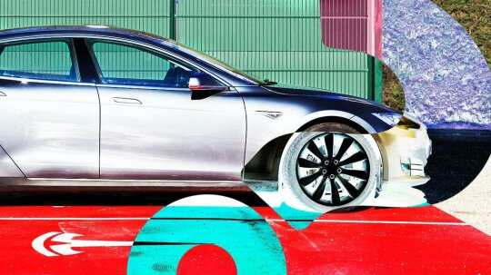 Here's Why Everyone's Talking About Tesla's Autopilot System