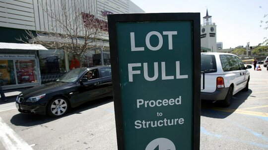 How Parking Garages Track Open Spaces, and Why They Often Get It Wrong