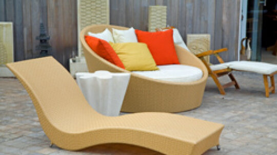 10 Tips to Select Outdoor Furniture