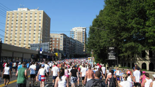 How the Peachtree Road Race Works