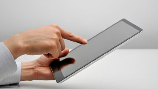 Will Photoshop Touch turn your iPad into a mobile graphic design center?