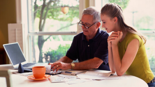 How to Financially Prepare for the Death of a Parent
