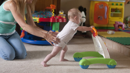 Do Push Toys Really Help Kids Learn to Walk?