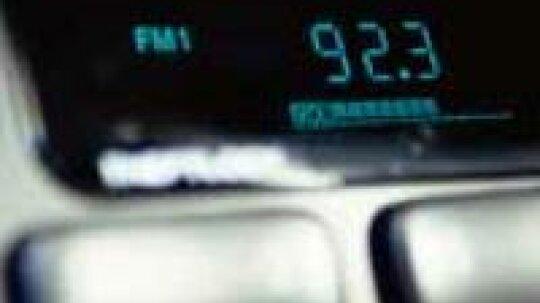 """为什么所有FM无线电台都以奇数结尾?""""border="""