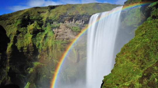 10 Myths About Rainbows