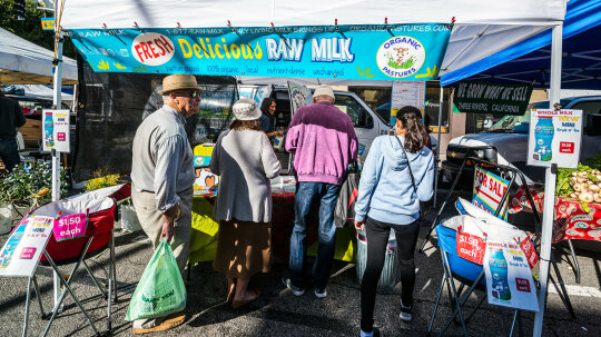 Is Raw Milk Better For You Than Pasteurized Milk?