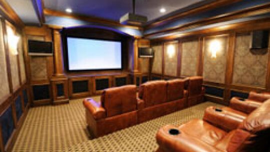 10 Ways to Make Your Home Theater More Like a Real Theater