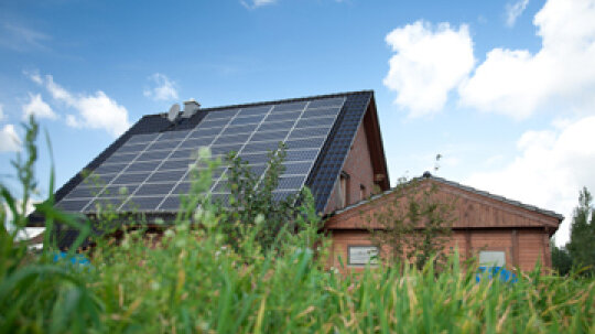 How to Run Your House Solely on Solar Power