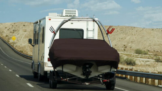 How RV Towing Regulations Work