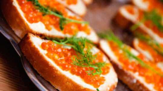 Alternative Holiday Foods: Delectable Seafood Substitutes