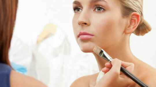 Quick Tips: 5 Ways to Even Out Your Skin Tone