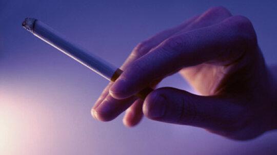 What happens when pregnant women smoke?