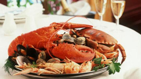 Splurge vs. Save: Lobster vs. Crab