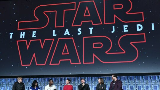 8 Times 'The Last Jedi' Nods to the Classic 'Star Wars' Trilogy