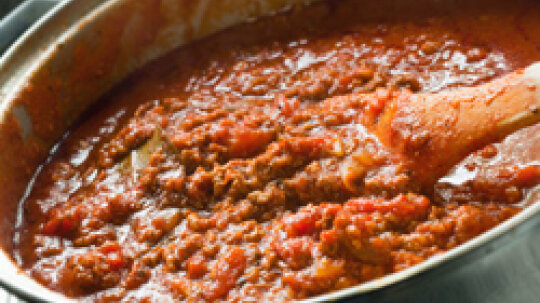 How Do You Thicken Homemade Tomato Sauce?