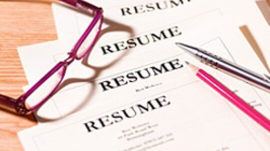 10 Things to Leave Off Your Résumé