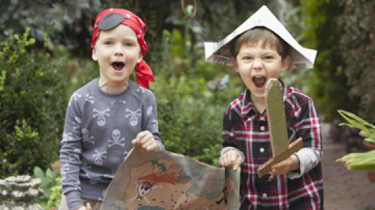 How to Create a Backyard Treasure Hunt