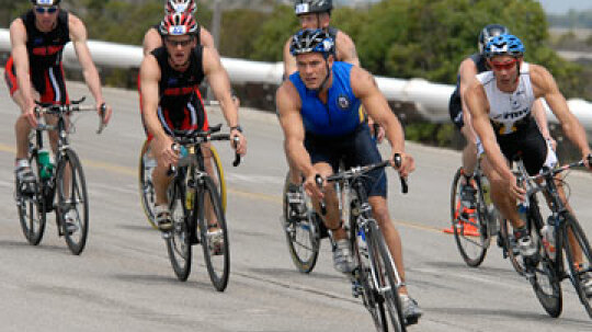 How Triathlon Nutrition Plans Work