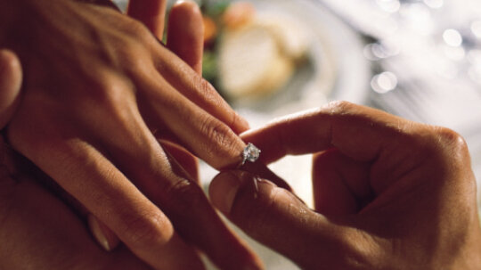 Should You Expect a Proposal on Valentine's Day?