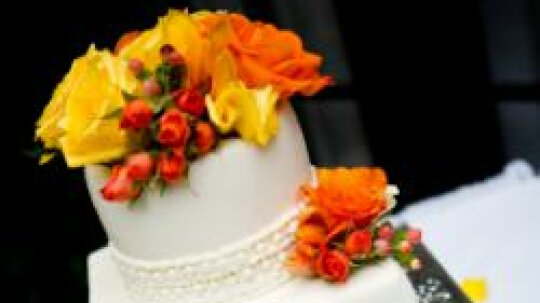 Showstopping Wedding Cakes