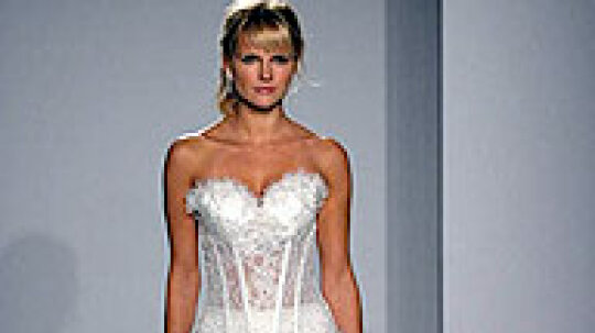 Photo Slideshow: Wedding Dress Trends
