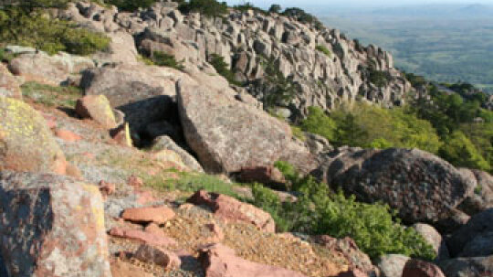 A Guide to Hiking Wichita Mountains