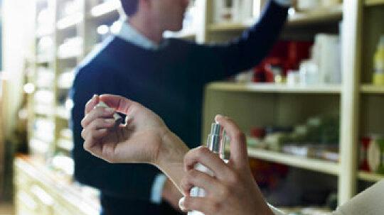 Is it OK for women to wear men's fragrances?