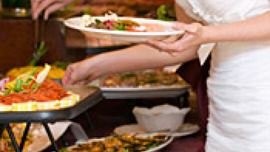 Working with Wedding Caterers: Catering to Your Tastes