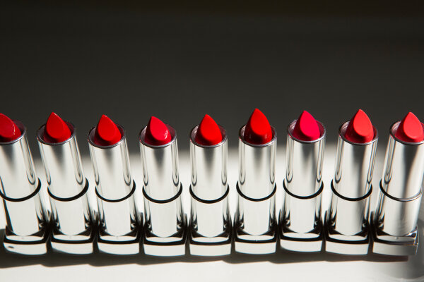 Does the lead in lipstick cause cancer?