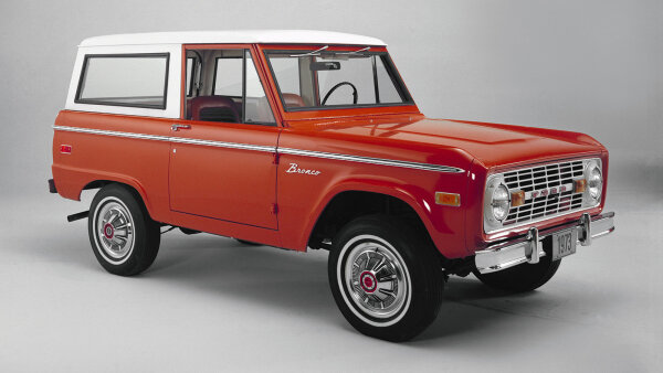 Carmakers to Revive Classic SUVs