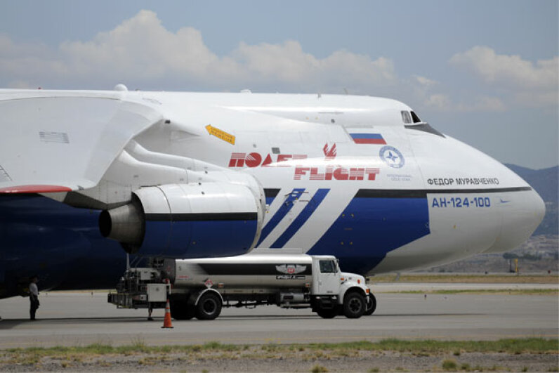 Fill 'er up please! About 70,000 gallons (265,000 liters) of fuel for that Antonov AN-124-100 cargo plane should do the trick. © Pat Vasquez-Cunningham/ZUMA Press/Corbis