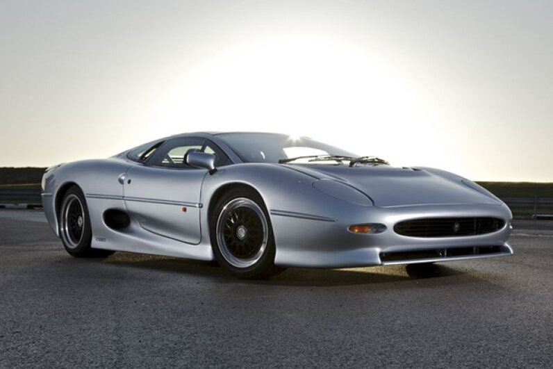 The Jaguar XJ220 (Creative Commons/Flickr/jaguarmena)