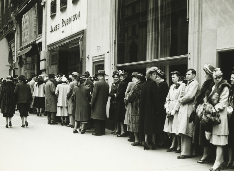 Crowds stand in line at James Robinson cinema, in New York in the 1940s. George Marks/Getty Images