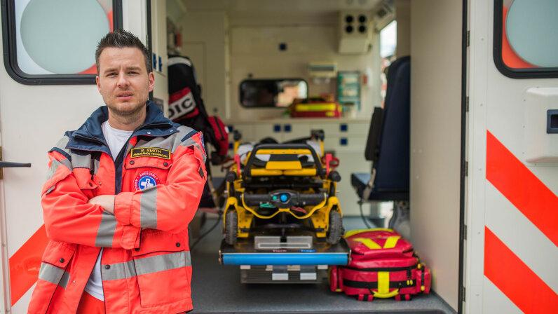 paramedic, ambulance equipment