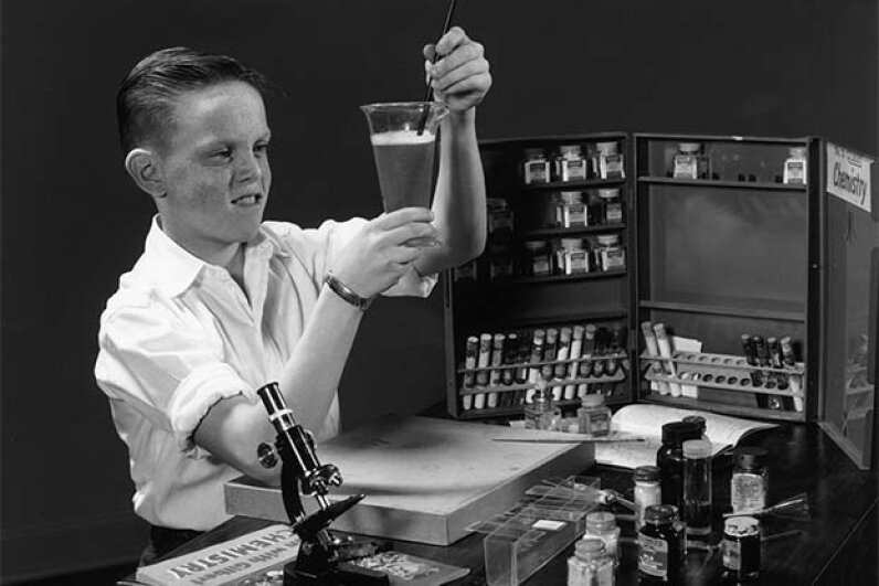 In the 1950s, chemistry sets contained a lot more exciting -- and dangerous -- chemicals. Lambert/Getty Images