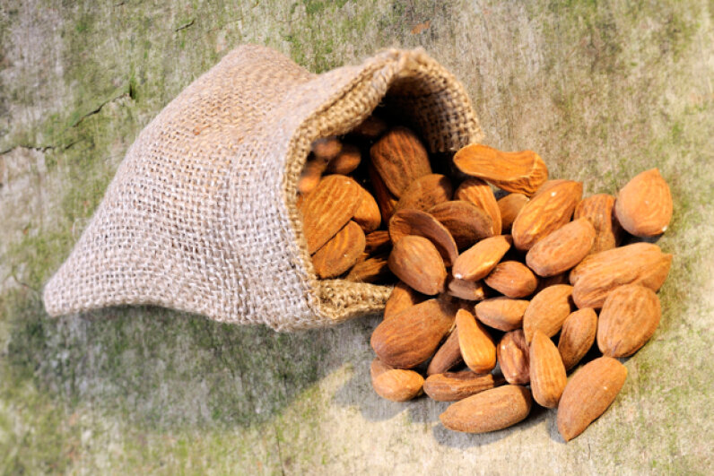 Bitter almonds, which differ from the sweet almonds more common in grocery stores, contain hydrogen cyanide. © Diez, O./Corbis