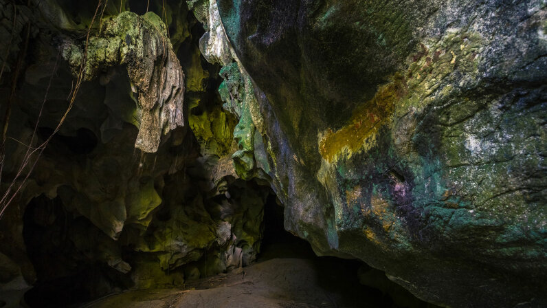 Khao Wongkot Cave, Thailand
