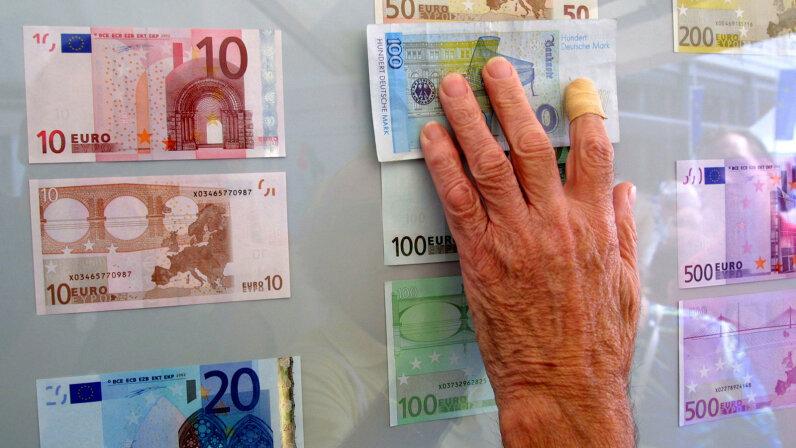 Marks versus Euros