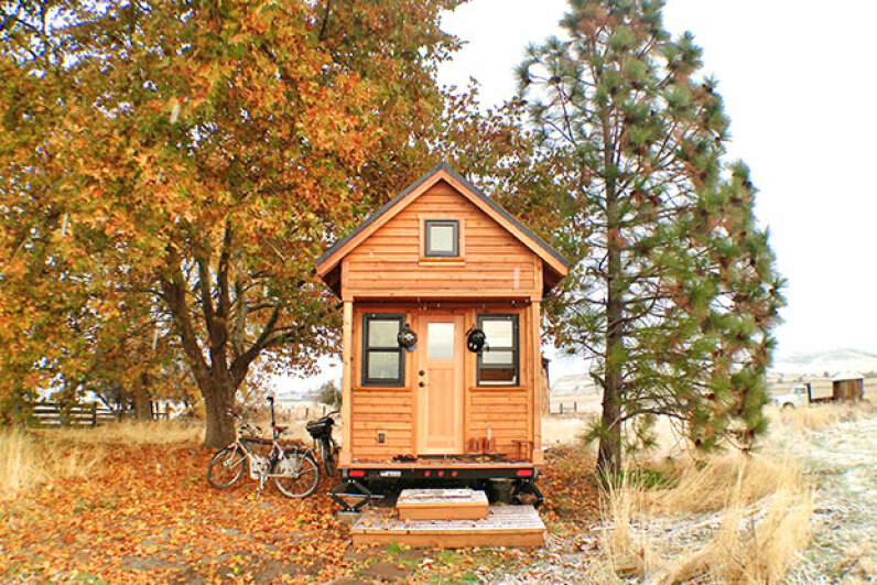 tiny house, fall, winter