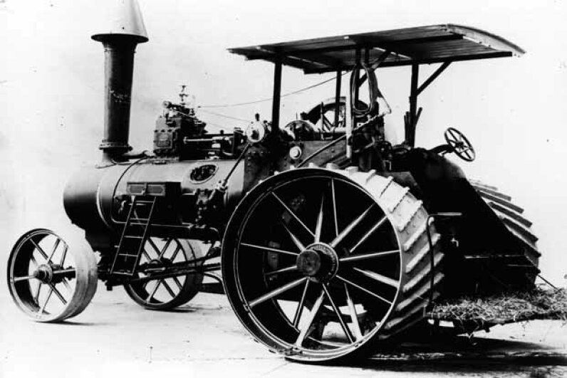 This 1900 version of the tractor was probably steam-powered. Hulton Archive/Getty Images