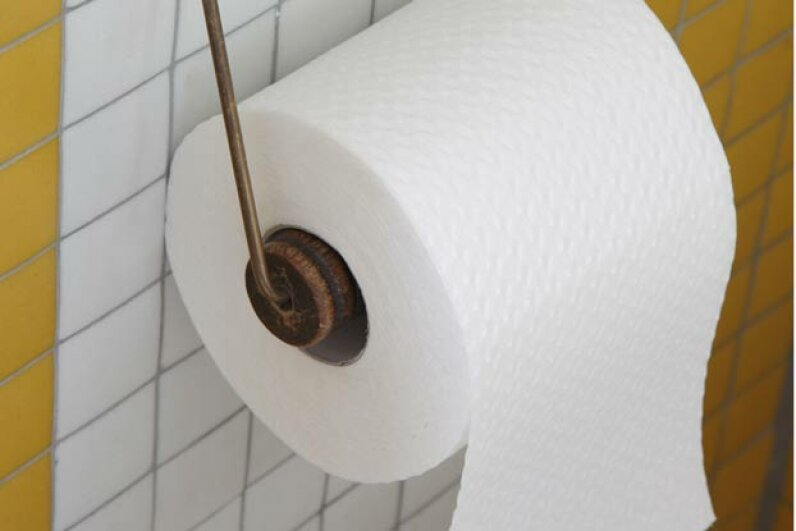 Did you know that the correct way to hang a roll of toilet paper is with the paper away from the wall? © Balston; James/Arcaid/Corbis
