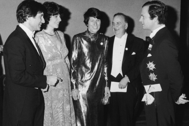 Benacerraf (second from right) mingles with Swedish royals at the 1980 ceremony for Nobel laureates. The Swedish king is all the way on the right. Hulton Archive/Getty Images