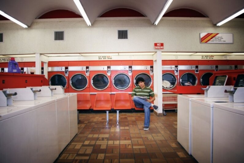 OK, laundry day may not be thrilling, but you can make it better for yourself and your fellow launderers by being polite. ©Fuse/Thinkstock