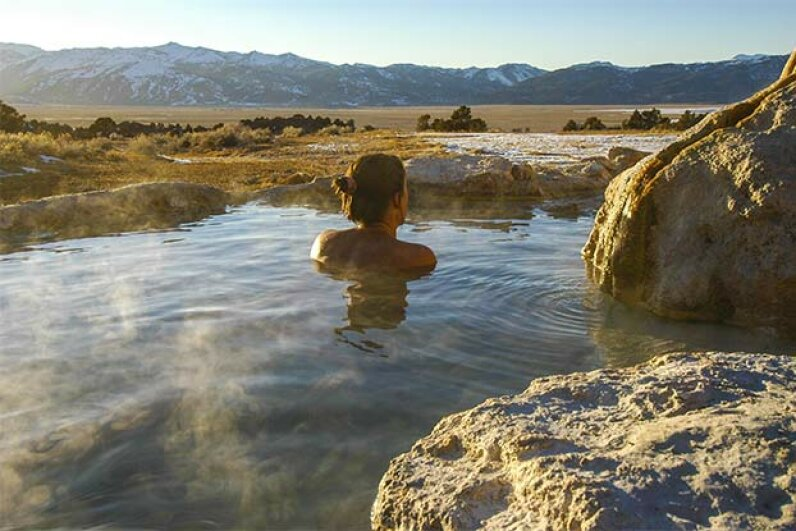 Sierra Nevada in California is one of the many places in the U.S. where you can enjoy a natural mineral bath. Sam Camp/iStock/Thinkstock
