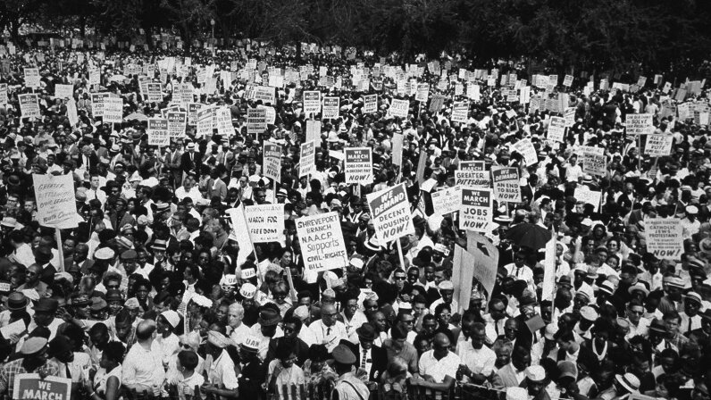 crowd at march on washington