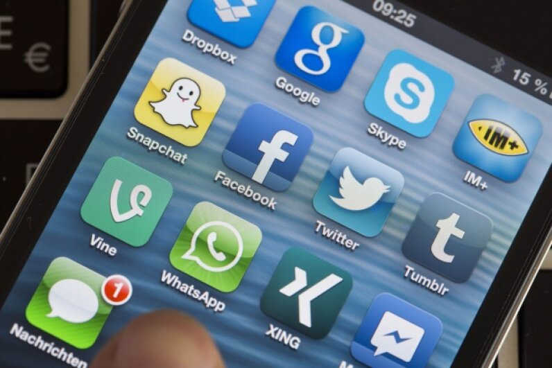You will reach a larger audience if you are active on social media. © Jens Büttner/dpa/Corbis