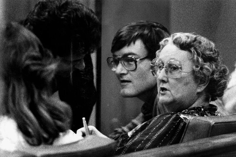 Peggy McMartin Buckey, right, and her son Raymond Buckey, center, confer with their attorney Danny Davis during their trial for child molestation. Ken Lubas/Los Angeles Times via Getty Images